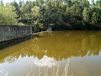 La presa i el Pantà de Sant Pau de Casserres