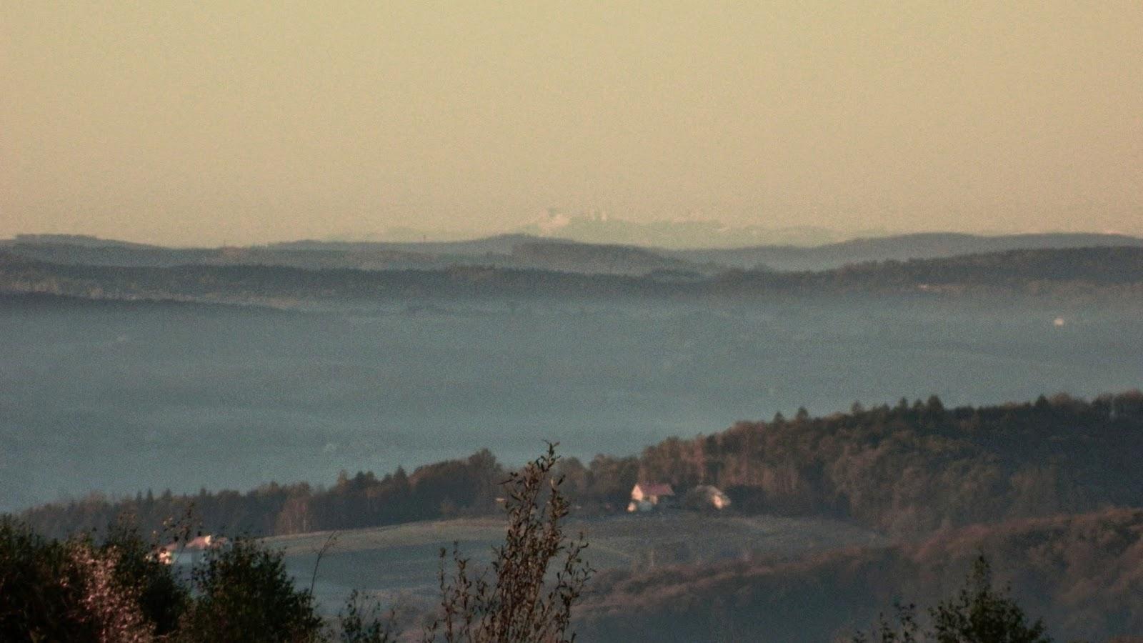 Widok na Tatry z Cierpisza, Rzeszów, Tatry, dalekie obserwacje, widać z Cierpisza