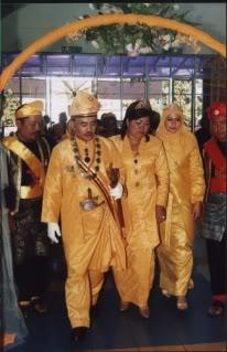 GAMBAR (13 NOVEMBER 2005) MERAKAMKAN :-