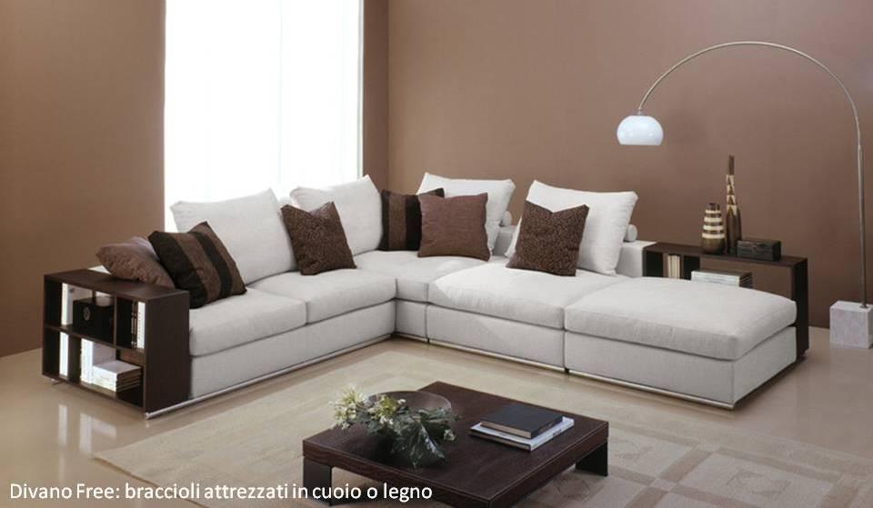 Il bracciolo del divano diventa un mobile estraibile porta oggetti