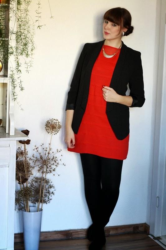 Rotes kleid farbe blazer
