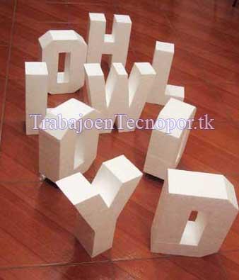letras de hollywood sobre piso rojo