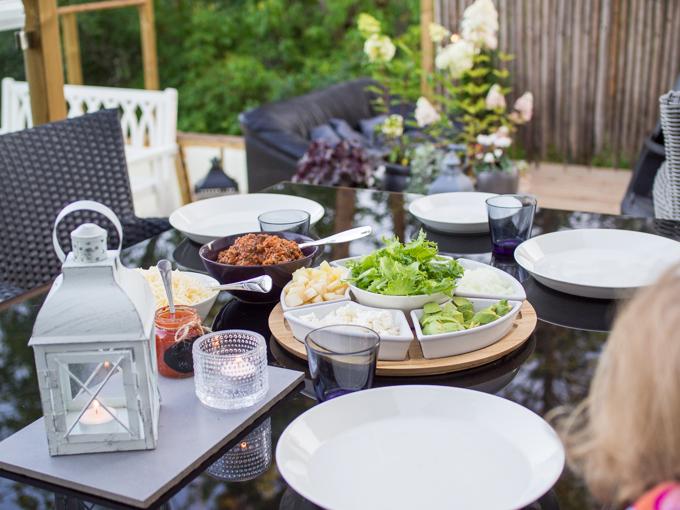 tortillapäivä, tortillat, helppoa perjantairuokaa, perheruokaa, viikonloppuherkuttelu perheen kanssa lapsiperheen viikonloppu