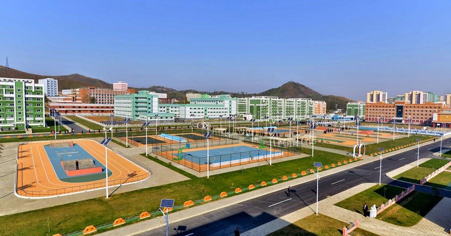 Impresionantes logros sociales y de Obras publicas de Corea del Norte en el 2014 Solar%2B2