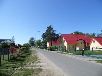 Peryferyjna część Sarbinowa Morskiego przy drodze do Gąsek