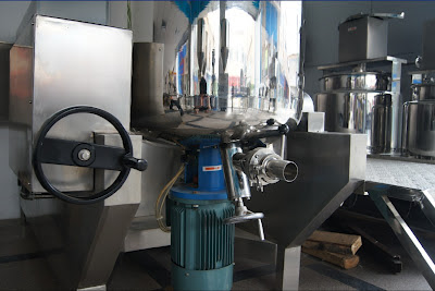 homogenizing emulsifier machine