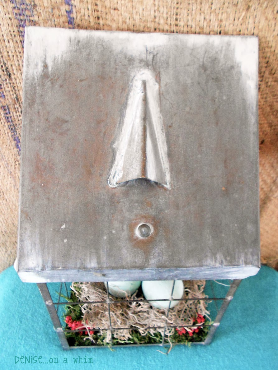 Creating a faux patina on metal with paint via http://deniseonawhim.blogspot.com