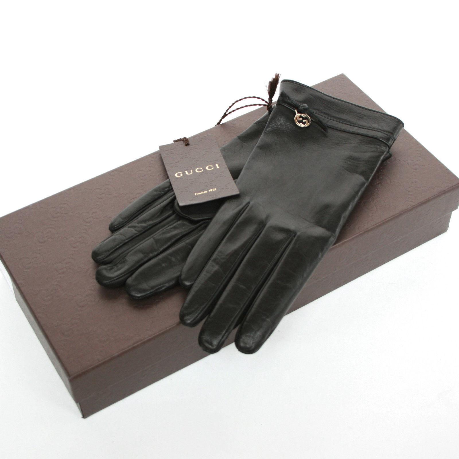 http://stores.ebay.com/The-Couture-Auction-Co?_trksid=p2047675.l2563
