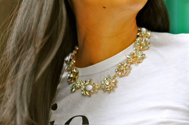 Jewelry necklace floral crystals