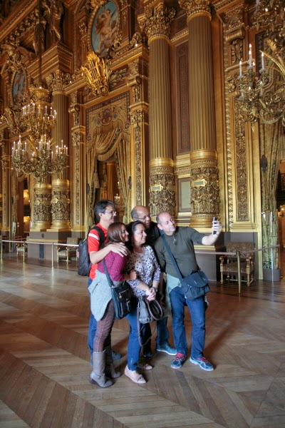 Opera Garnier selfies