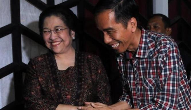 Soal Cawapres, Jokowi Persilakan Tanya ke Mega