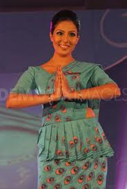 Hot-Srilankan-Airhostess-images-3