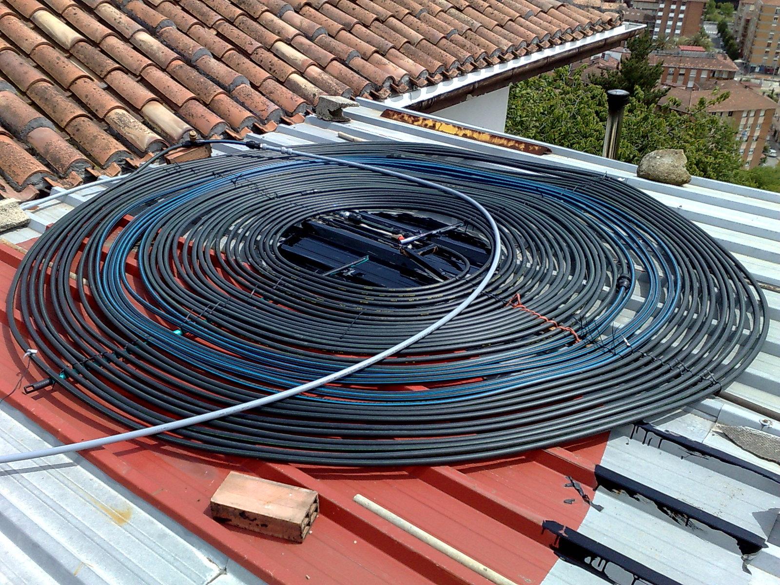 Dise o placas solares calentar piscina casa dise o for Montar placas solares en casa