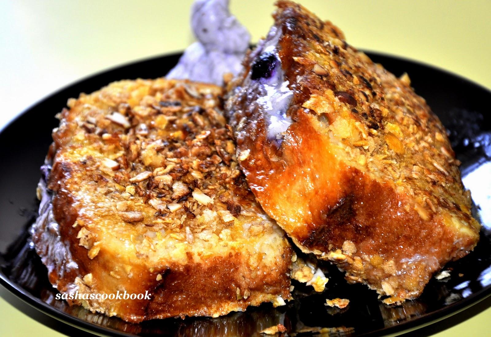 Sashas Cookbook: Blueberry Stuffed French toast