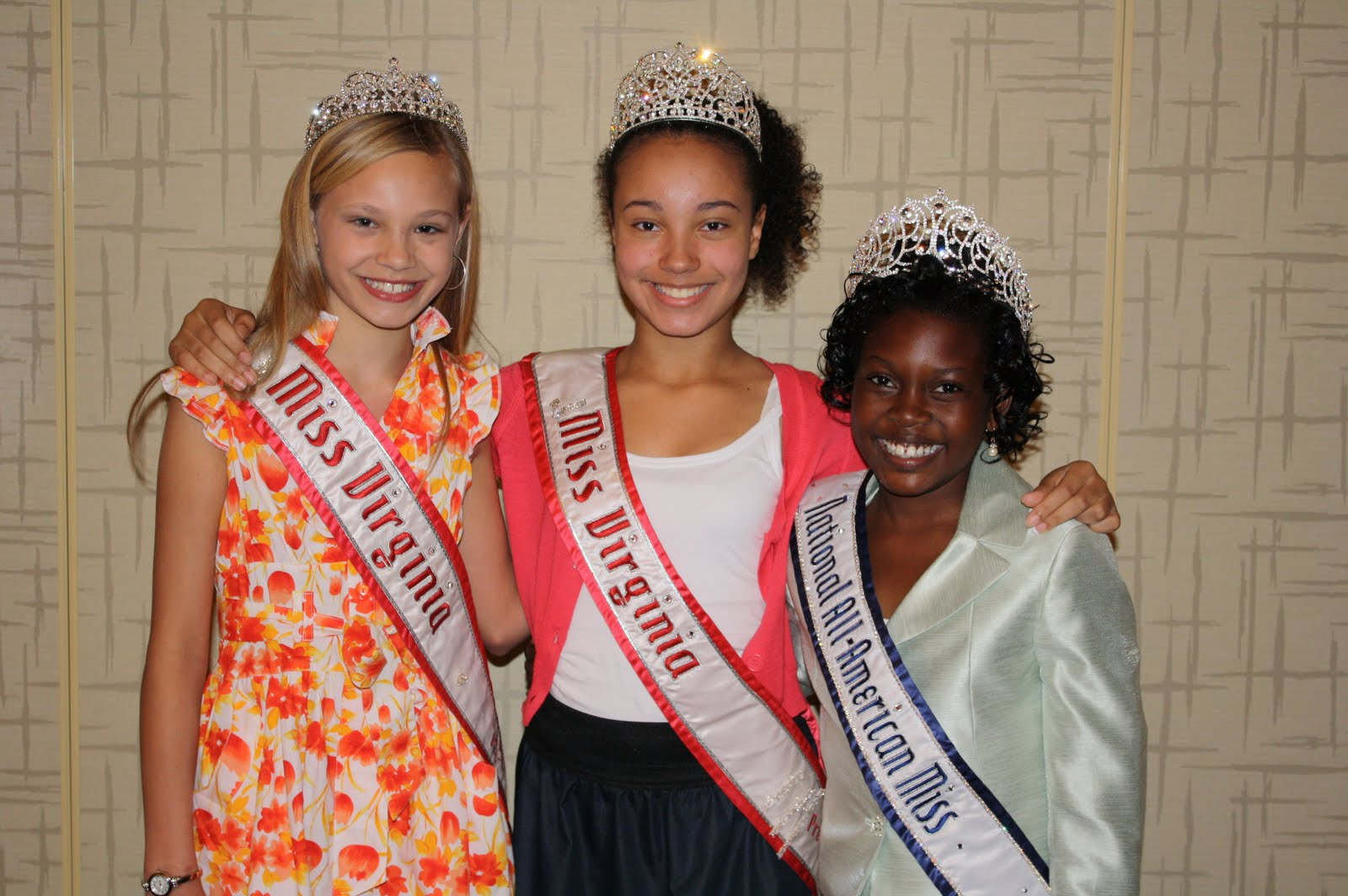 Pageants & Pearls: June 2013