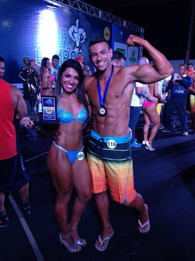 Carla Carra comemora vitória no Mr. Campos ao lado do esposo, o atleta Breno Neves. Foto: Arquivo pessoal