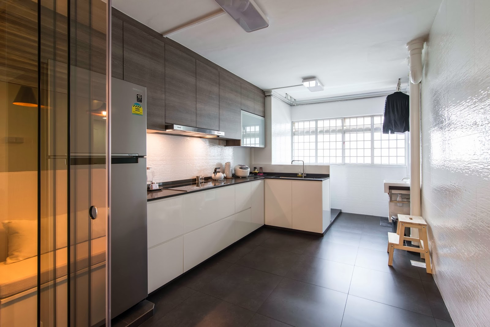 Interior design guide hdb 3 rooms interior design Kitchen door design hdb