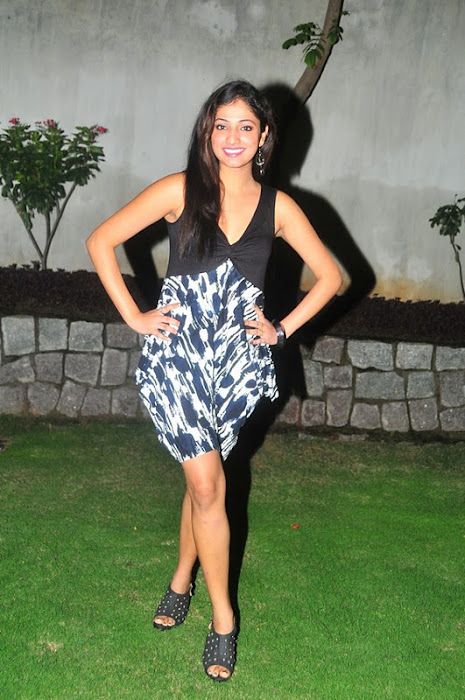 haripriya , haripriya skirt picture unseen pics
