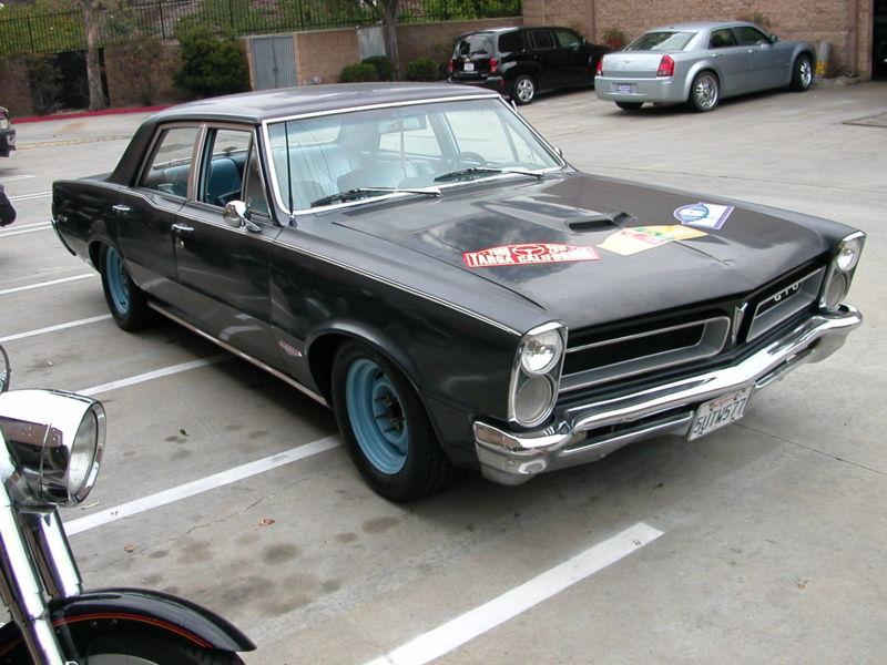 10k: Goat Cloning: 1965 Pontiac Tempest Sedan, GTO Clone