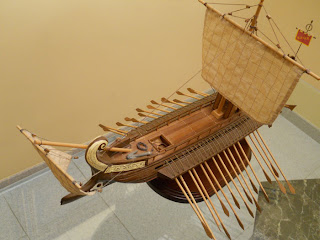 roman bireme ship of Julio Cesar