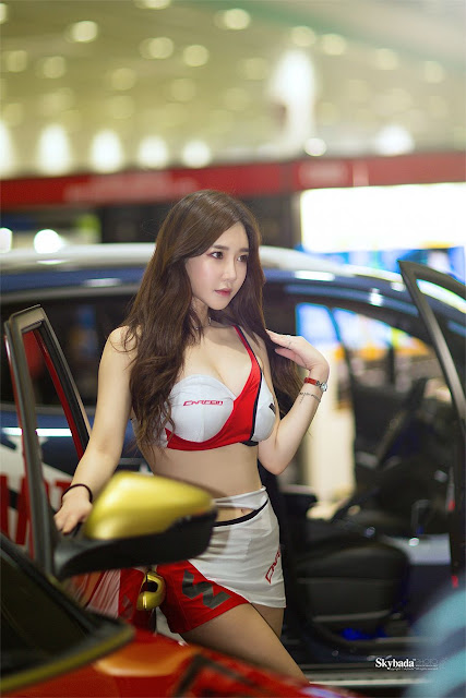 1 Lee Hwa Ri - Seoul Auto Salon - very cute asian girl-girlcute4u.blogspot.com