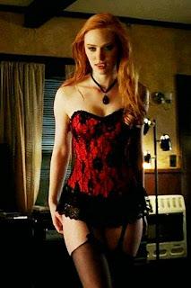 Jessica de True Blood vestida de caperucita - Deborah Ann Woll