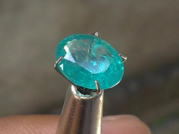 Batu Aquamarine, batu Pelindung para Penjelajah Samudera
