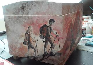 drewniany kufer malarstwo dekoracyjne