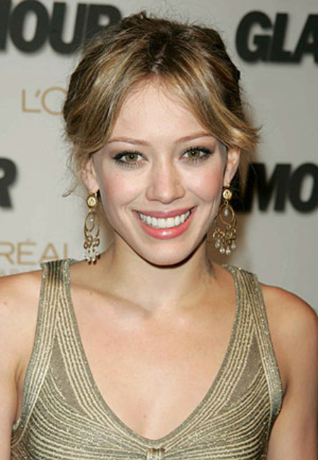 Hilary Duff with Simple Style Hairstyle