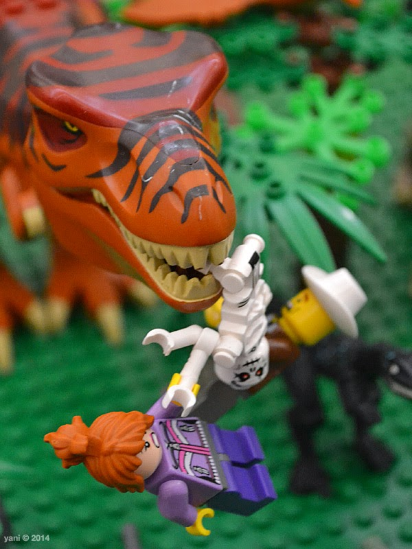bricktopia - jurassic park goes horribly wrong