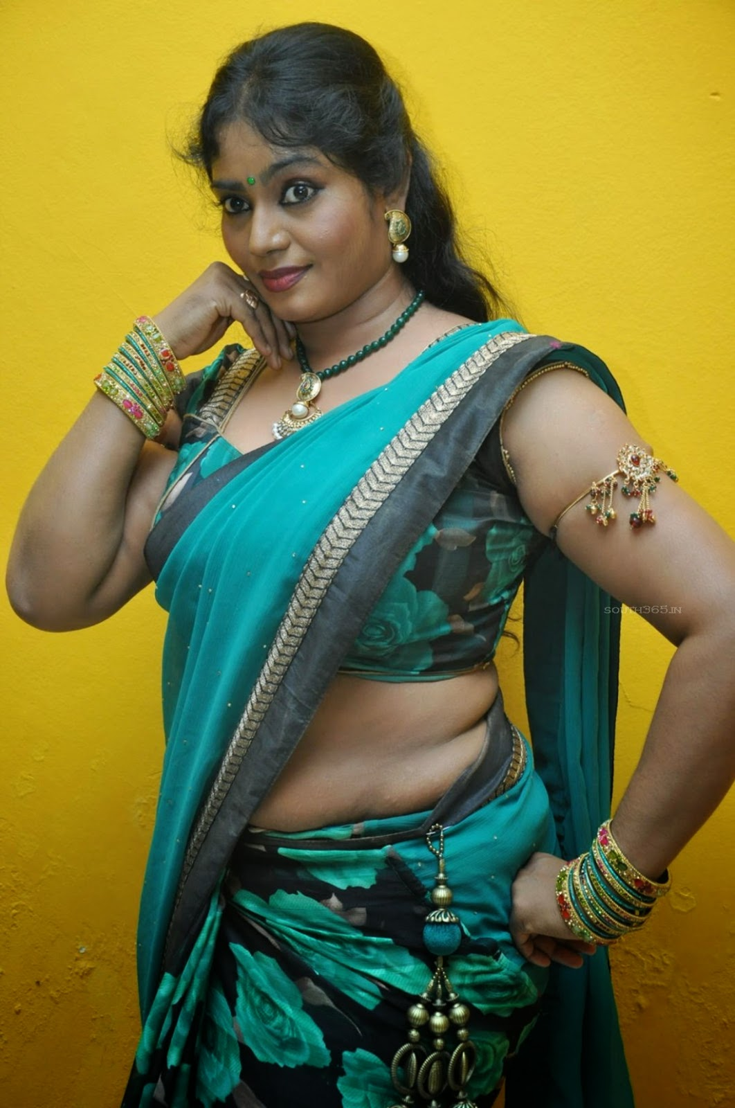 xxx hot old aunty indian pic