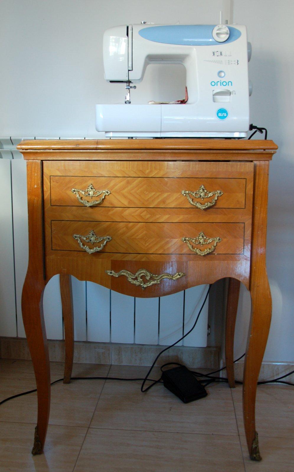 Lib lulas lilas co mi mueble de costura for Muebles para costura