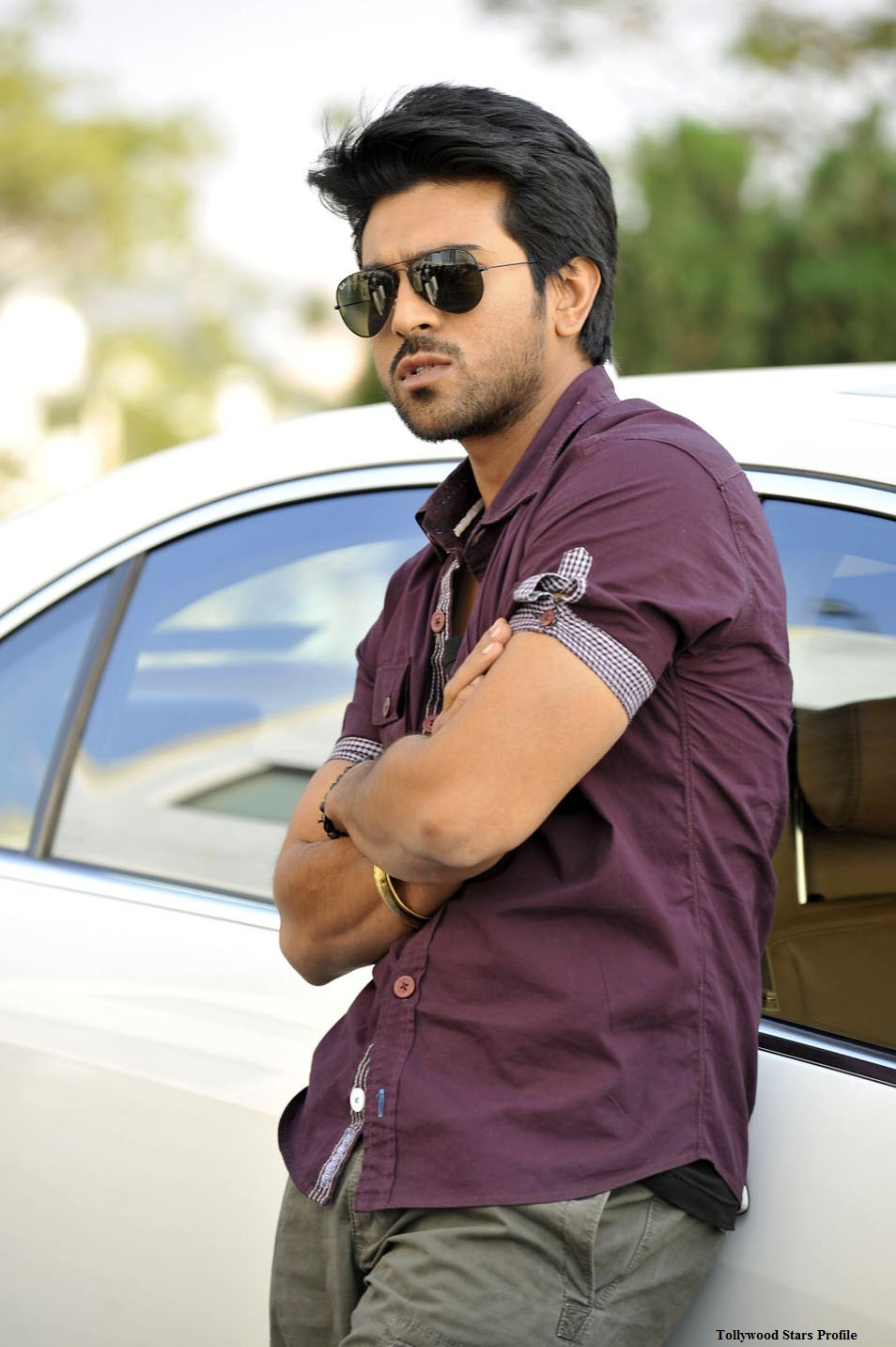 Planet Bollywood Yevadu Ram Charan Stills