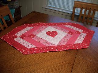 Craizee corners valentine table runner where i 39 ll be for Diy valentine table runner