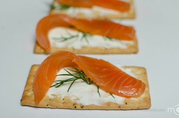 http://momsdish.com/recipe/276/cold-smoked-salmon