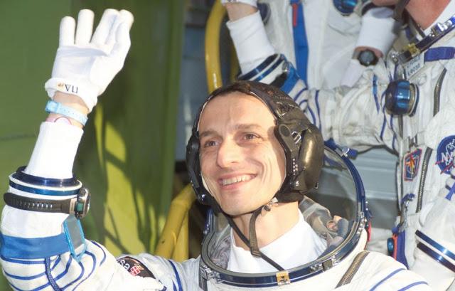 El astronauta español Pedro Duque y la incompatibilidad del turismo espacial