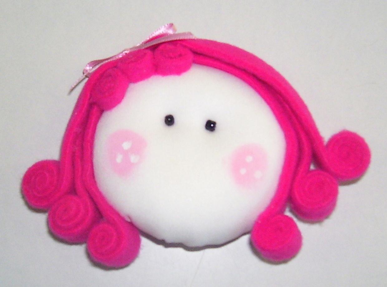 Modelos de caras en tela de algodón con polar rosado y fucsia.