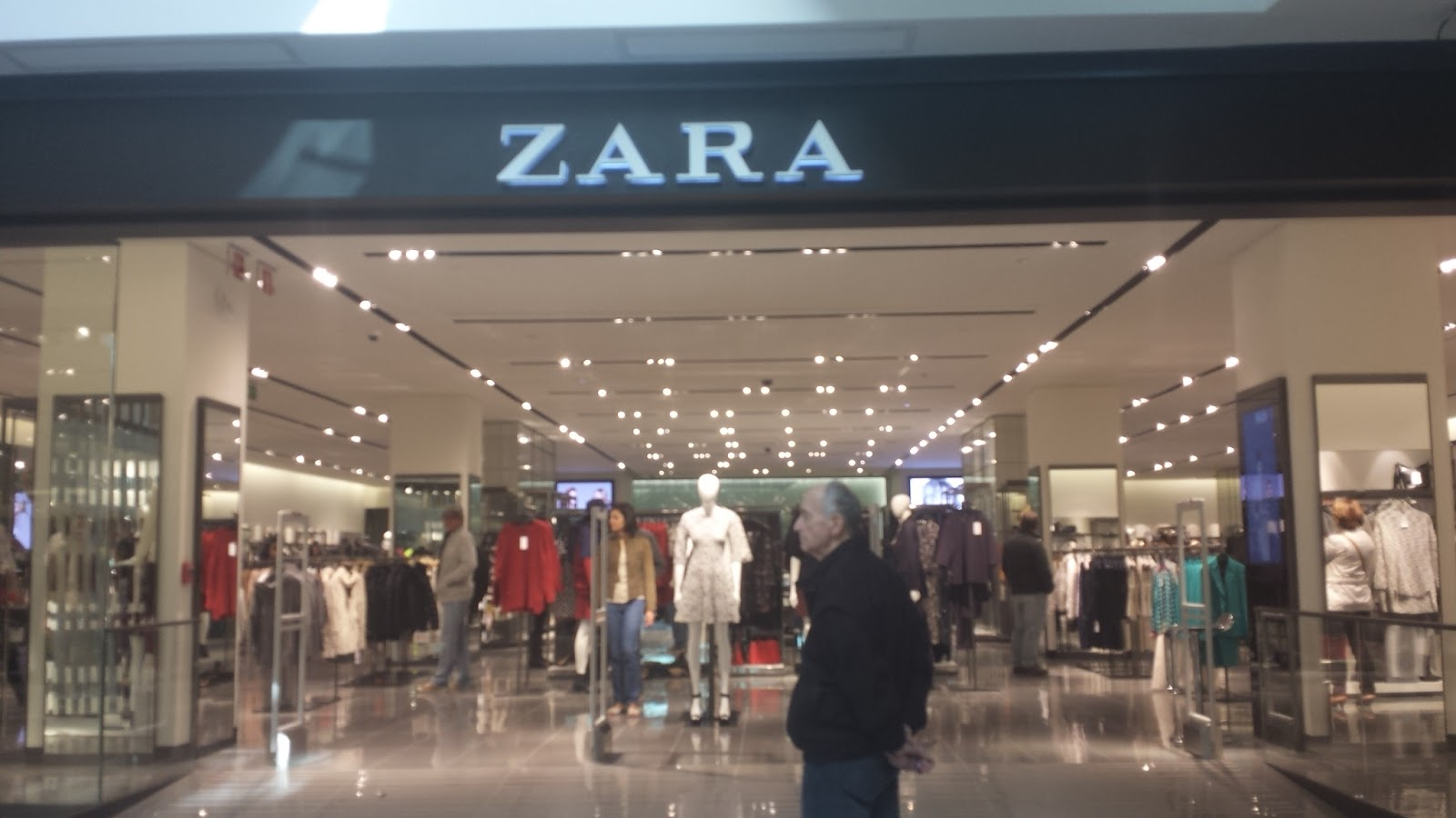 Zara ropa punta carretas