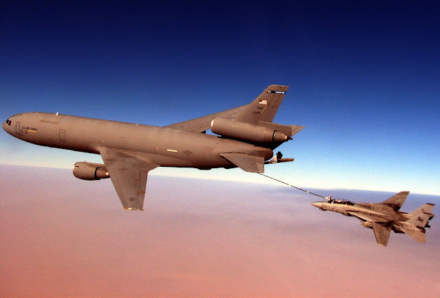F-14D Tomcat conducts aerial refueling