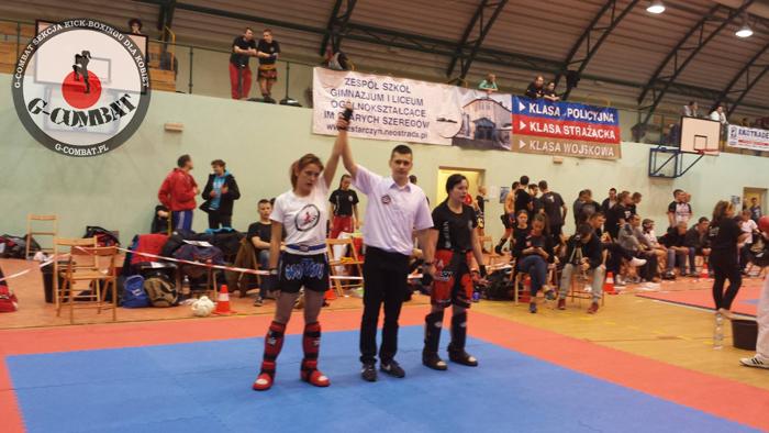 Iwona Ufnalska (G-COMBAT: Sekcja kickboxingu dla kobiet Warszawa) po wygranej walce