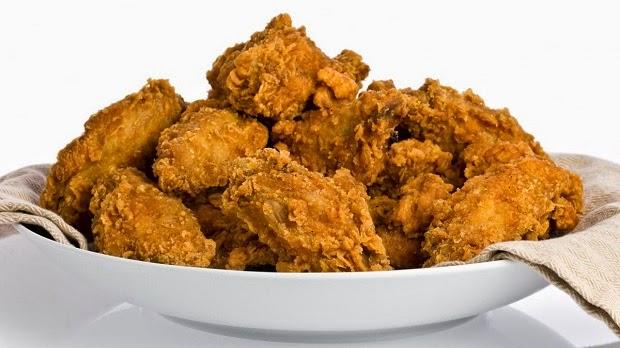 Κοτόπουλο (μπουκιές) τηγανητό με πουρέ - Συνταγή