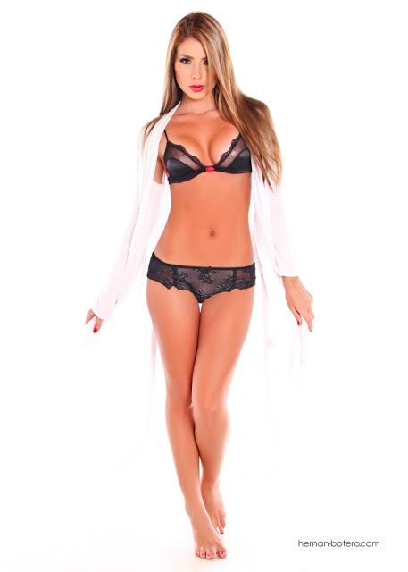 Paola Cañas - Modelo Colombiana