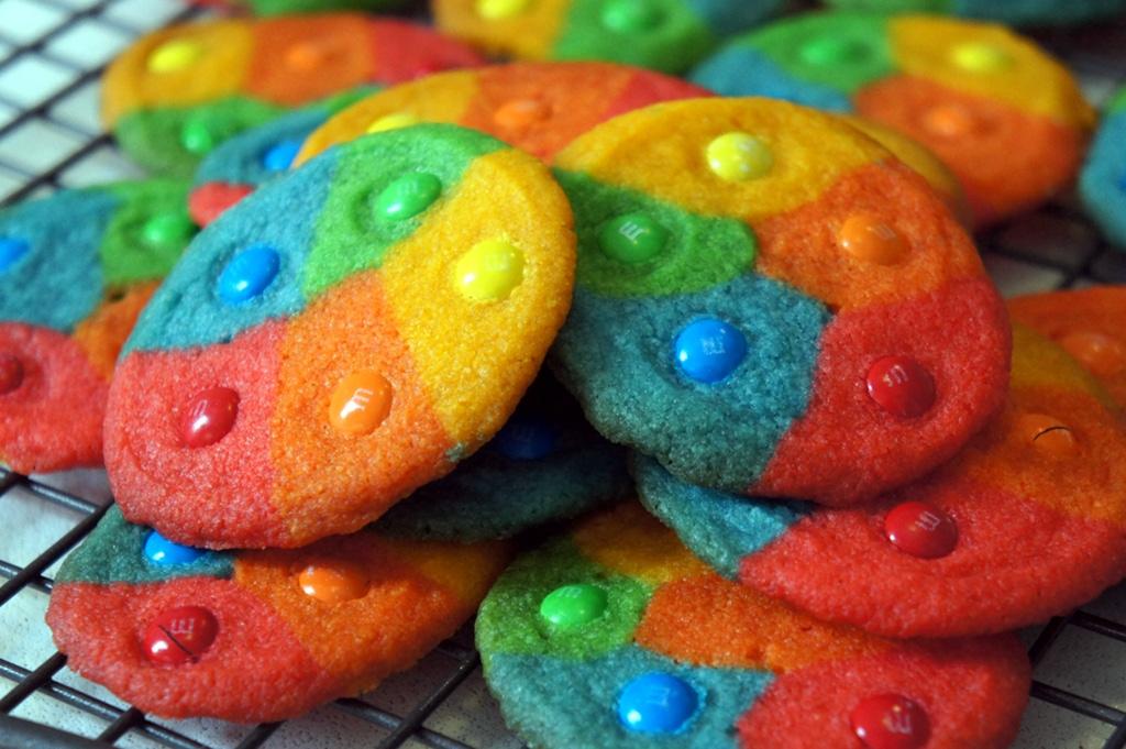 Rainbow+cookies_1.JPG