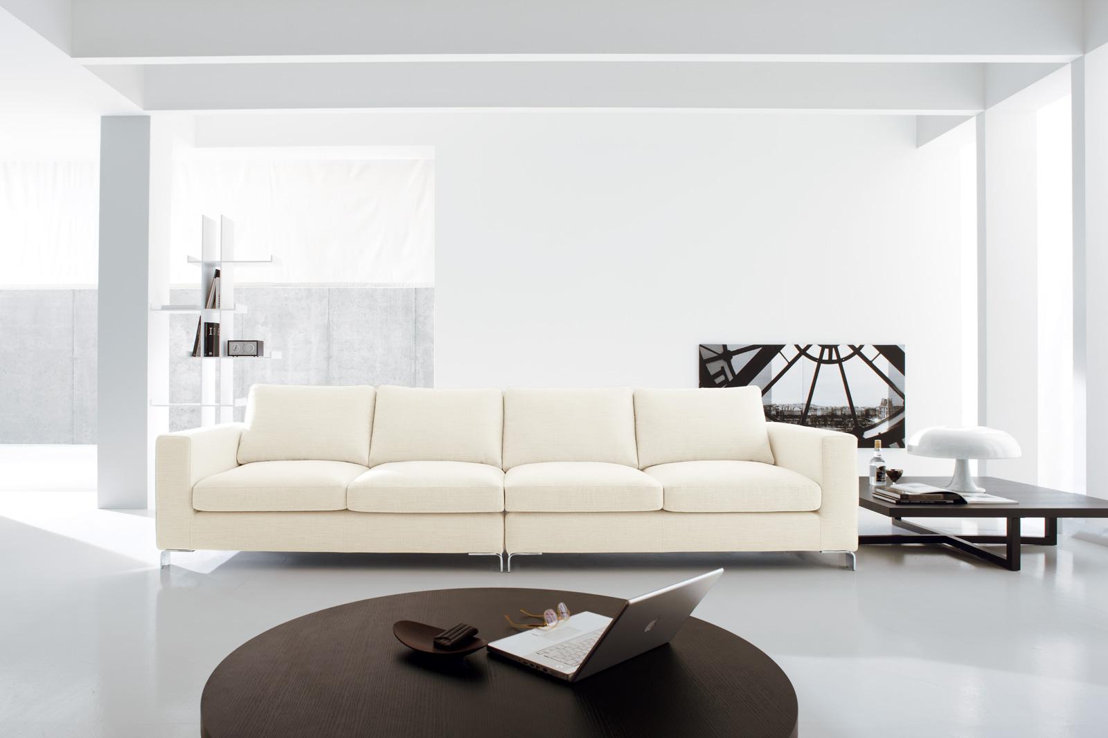 Divani blog tino mariani idee per arredare il salotto for Granfoulard per divano
