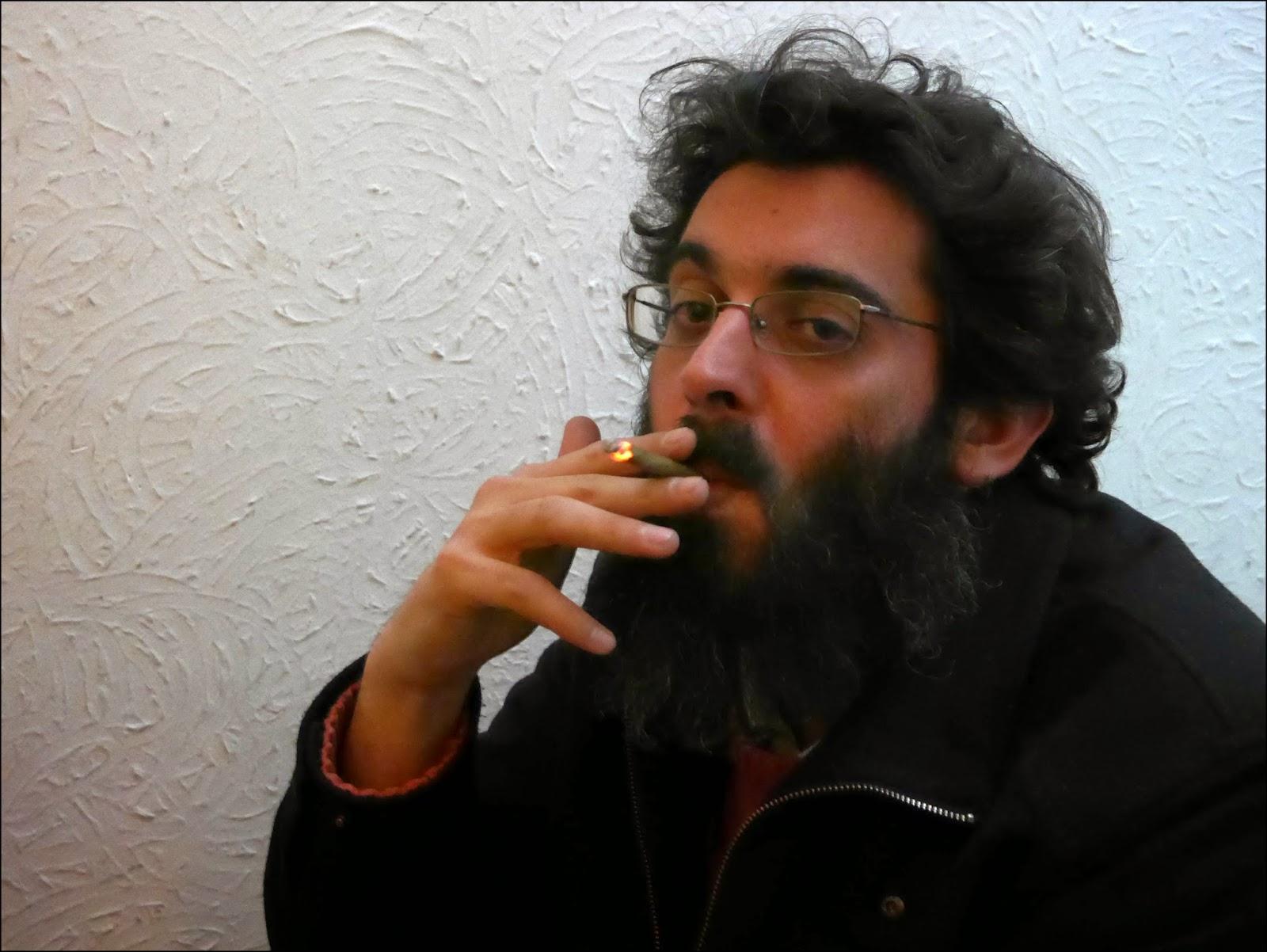 http://murraymag.com/cultura/entrevista-jesus-malia/