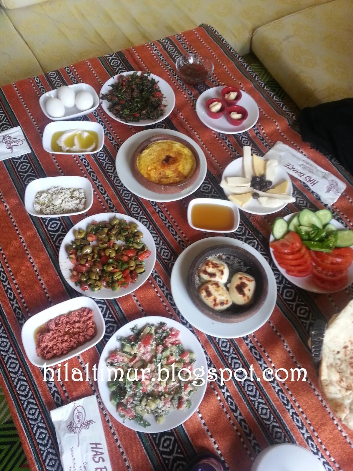 Hasbahçe Salatası Tarifi