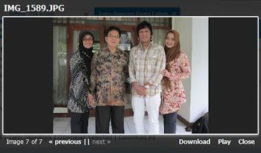 Ikang Fawzi & Marissa Haque bersama sepupunya dari Madura Istri Ketua LIPI Prof. Dr. Lukman Hakim (