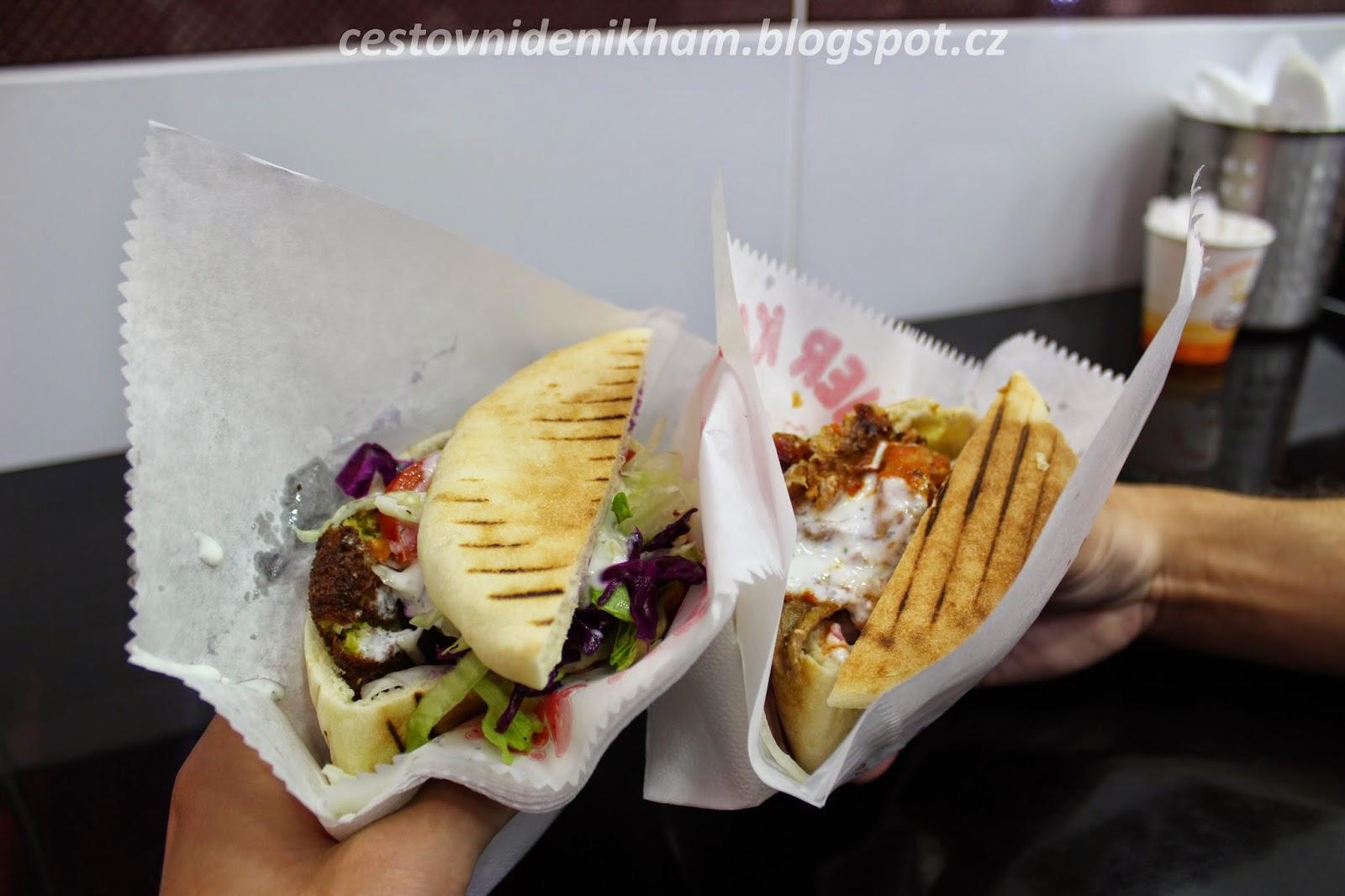 kebab v pita chlebu // kebab pita