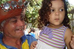 Vice-presidente da Sobac, Zé Gomes, com a menina Líria