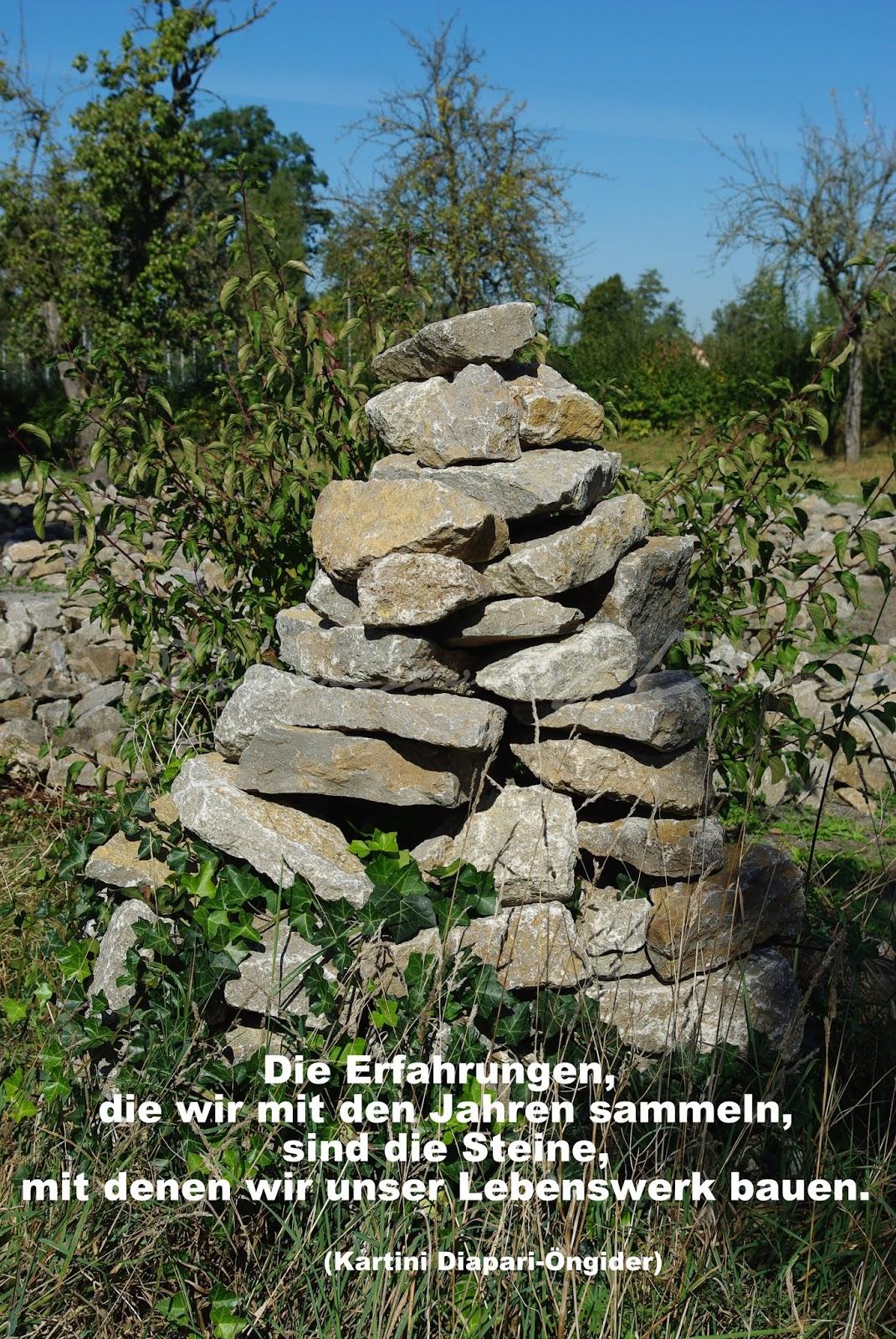 Die Erfahrungen, die wir mit den Jahren sammeln, sind die Steine, mit denen wir unser Lebenswerk bauen.
